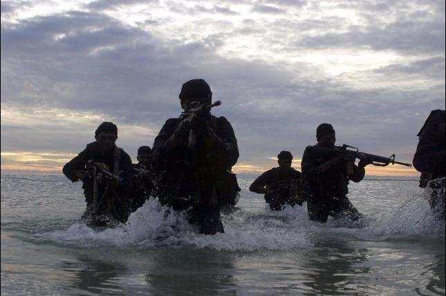Comando de EEUU rescata cooperantes daneses en Somalia