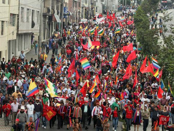 Protesta indígena contra Rafael Correa
