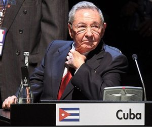 EL DICTADOR CUBANO PRESIDE LA CELAC