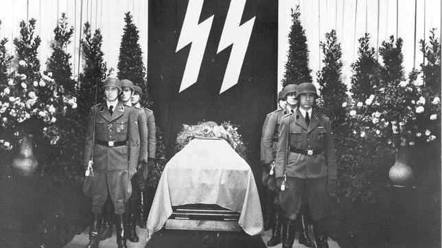 Un funeral de pesadilla