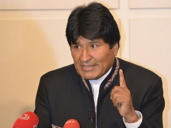 Bolivia demanda a Chile en La Haya