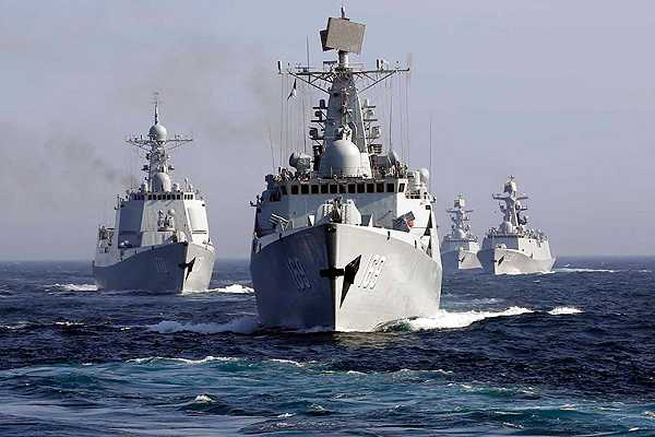 Maniobras navales de Rusia y China