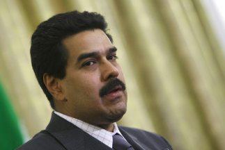 Maduro pide poderes especiales